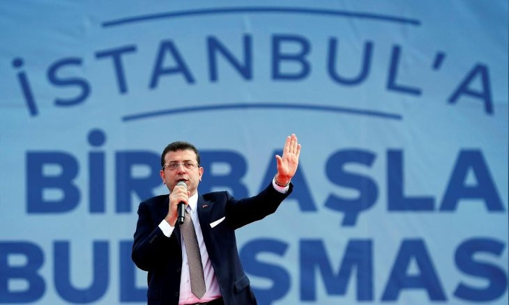 Minister calls mayor a 'fool' for criticizing Turkey in European Council