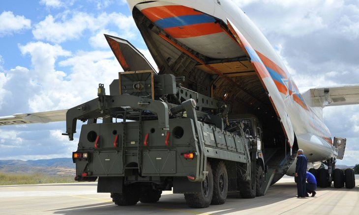 Russia hopes to sign new contract on S-400 systems next year