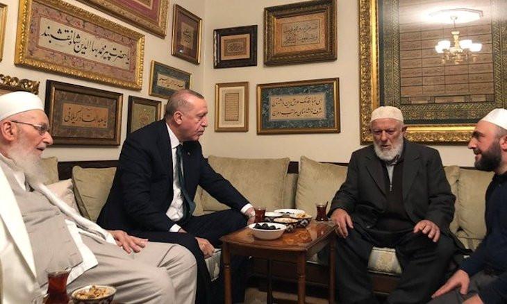 Erdoğan visits Islamist cult leaders in Istanbul