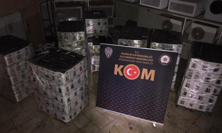 Turkish police seize 7,000 bottles of bootleg alcohol in tourist resort