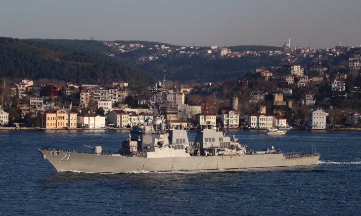 US missile destroyer transits Bosphorus, navy mentions Montreux Convention in tweet