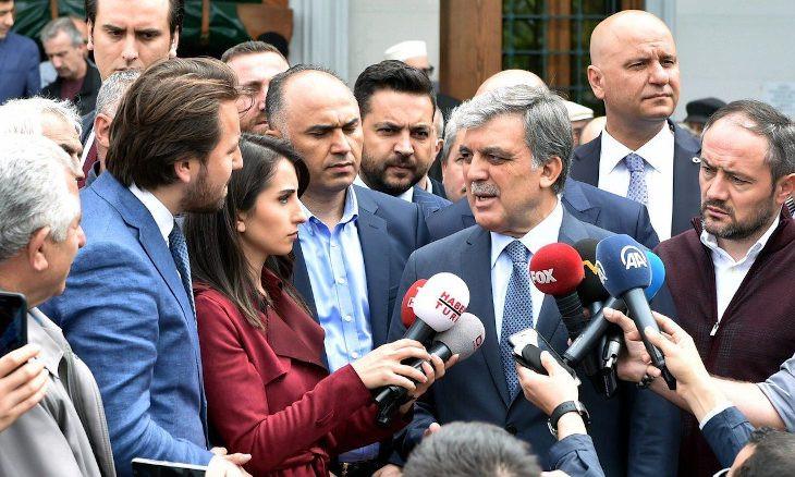 Erdoğan's spokesperson slams former president Gül over remarks on controversial meeting