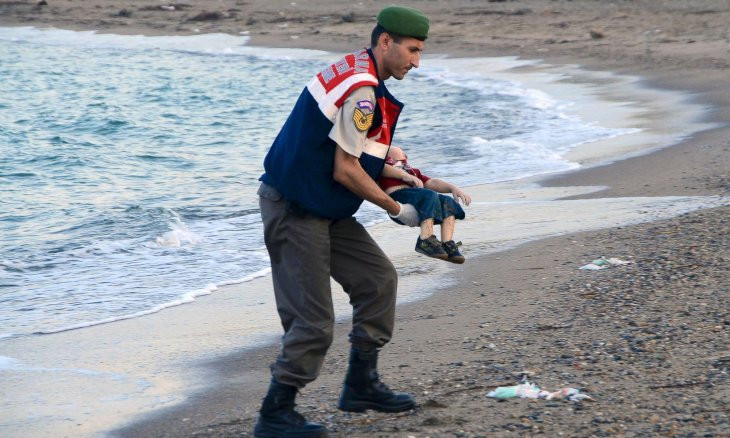 Turkish think tank warns against possible cases of Alan Kurdi if refugee crossings increase