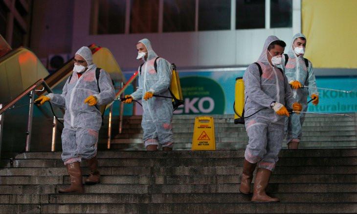 Ankara municipality's cleaning crews vigilant   amid coronavirus outbreak