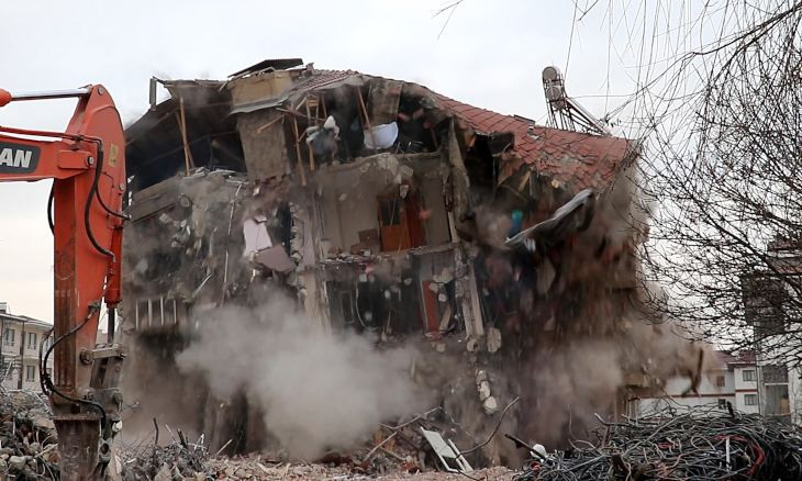 Nearly 5 thousand buildings to be demolished in quake-struck Elazığ province