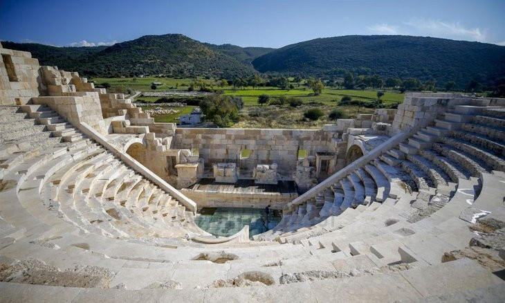 President honors ancient city of Patara in 2020
