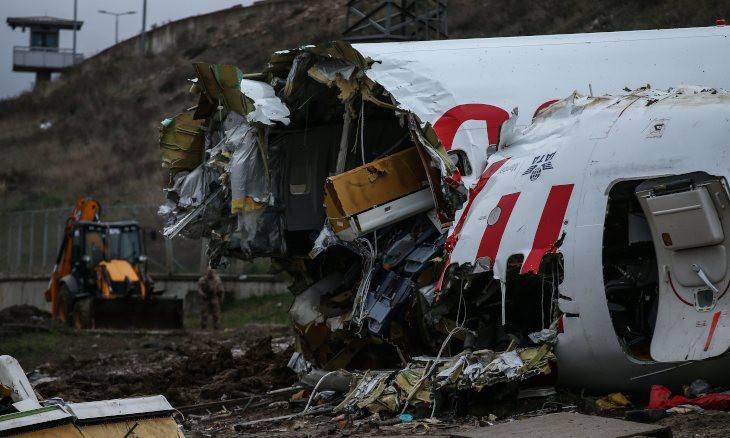 3 killed, 180 injured after plane skids off runway at Istanbul's Sabiha Gökçen airport