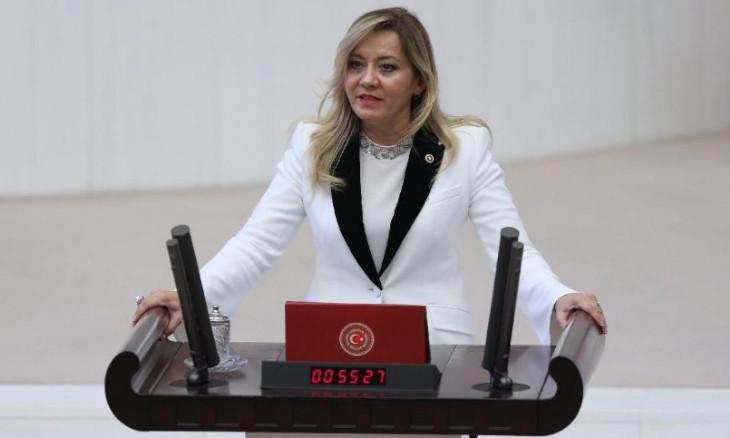 Opposition MPs call for lockdown in Turkey as coronavirus cases rise