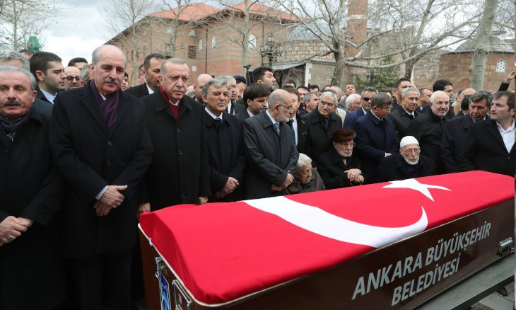 Former Justice Minister Kazan's funeral brings together Erdoğan, ex-allies