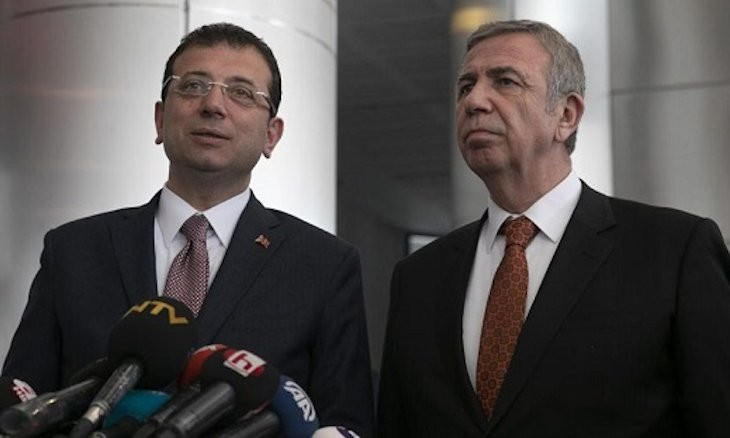 Istanbul, Ankara municipalities file lawsuit against gov't for blocking their donation campaigns