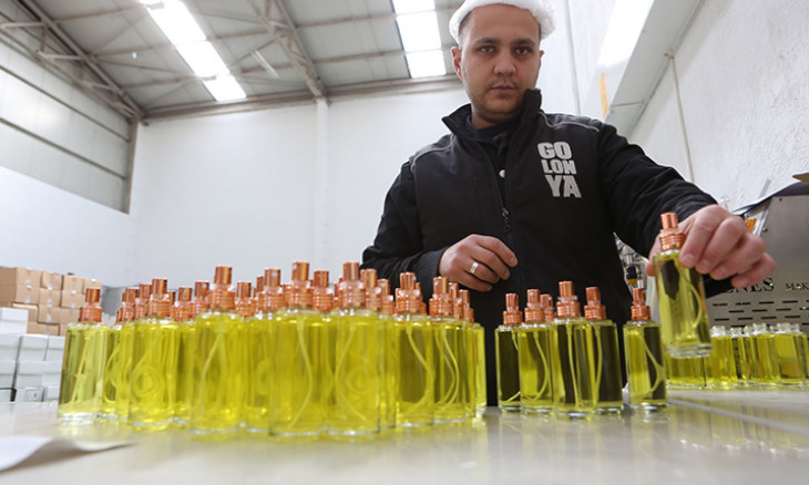 Turkey to limit alcohol-based, lemon-scented traditional cologne exports