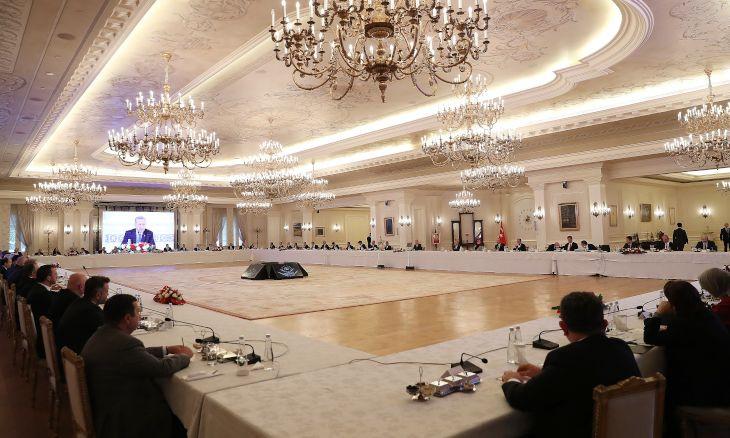 Fall in oil prices to benefit Turkish economy, Erdoğan says in coronavirus meeting