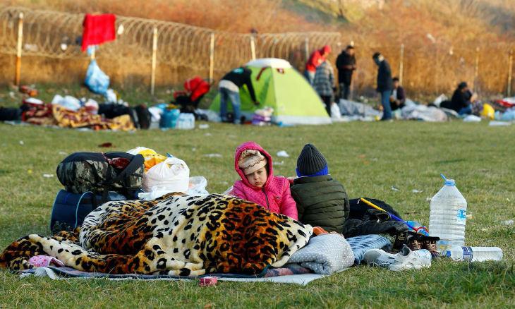 Over 5,000 migrants still waiting at Turkey-Greece Border to cross