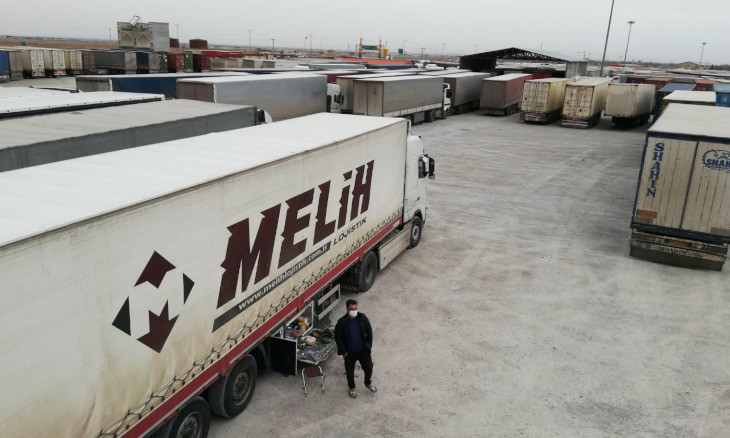 Turkish truckers stranded at Iranian border: We've been left to die
