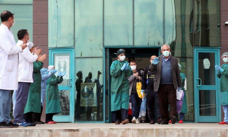 Turkey's coronavirus death toll rises to 2,491 with 101,790 cases
