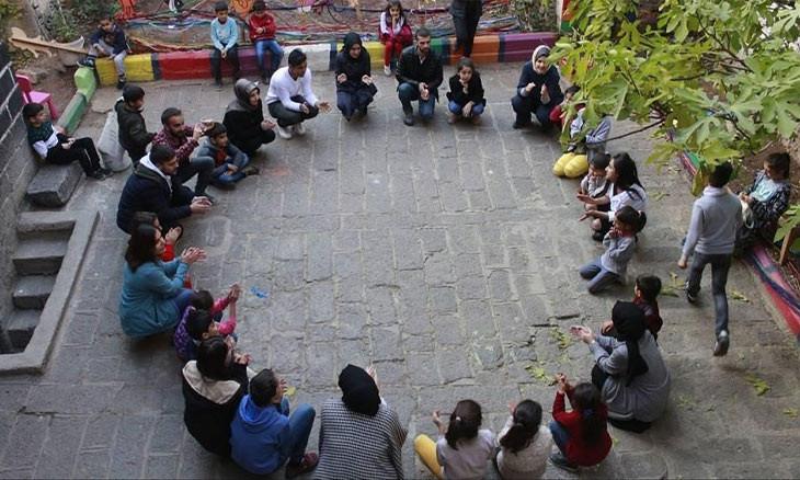 COVID-19 isolation reminds children in Diyarbakır's Sur of life under curfew, triggers stress