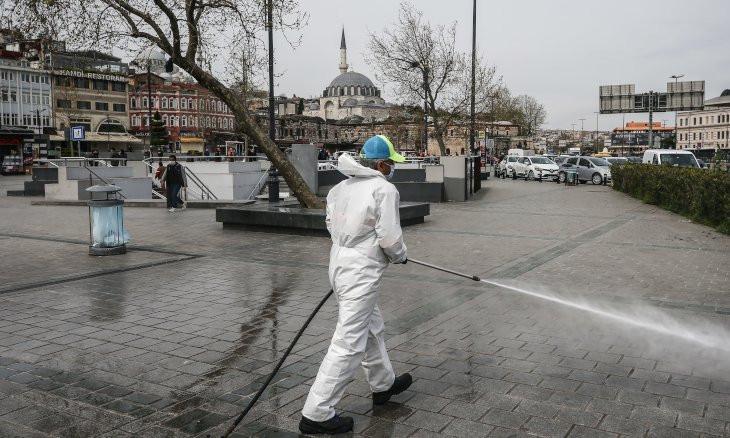 Turkey's coronavirus death toll rises to 2,376 with 98,674 cases