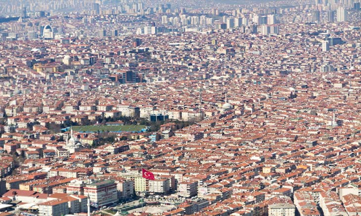 Istanbul's residential, trade districts highest in number of COVID-19 cases