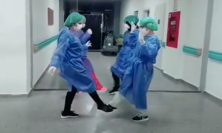 Turkey's health workers join global coworkers in 'corona foot-shake' dance challenge