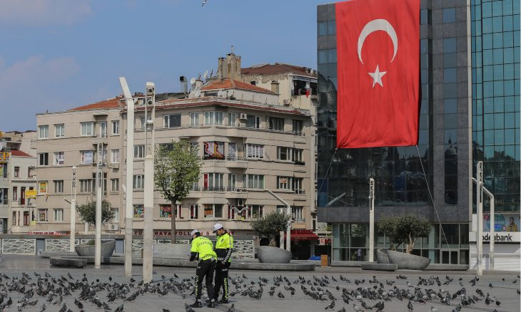 Turkey's coronavirus death toll rises by 92 to 2,992, with 2,392 new cases