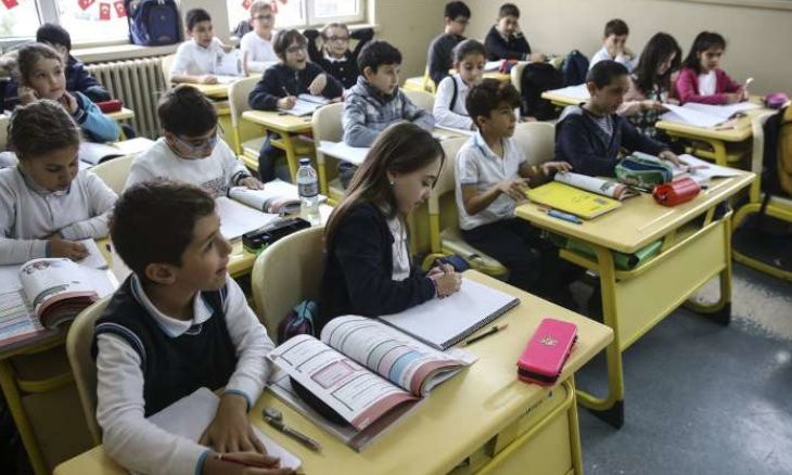 Turkish education minister signals reopening of schools in September or October