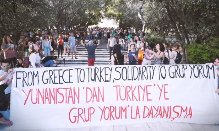 Greek musicians express solidarity with Grup Yorum by singing Gezi Park song
