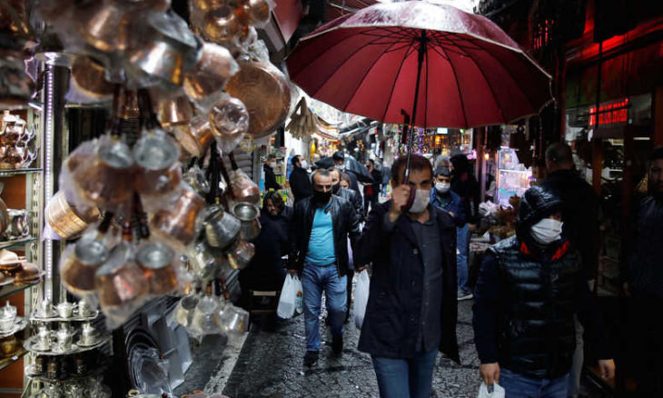 A misguided feeling of optimism over economy rising among Turks