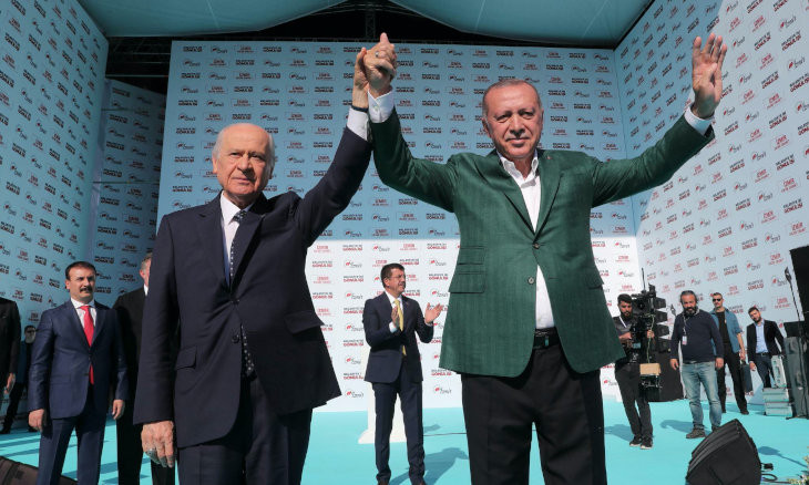 Gov't fears banning of parliamentary transfers might lead to results similar to Istanbul election