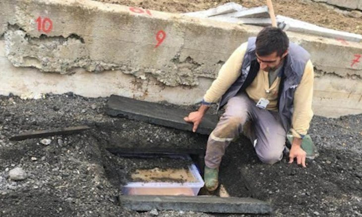 Law association to apply to Europe's top rights court, UN over burial of bodies under sidewalks in Istanbul