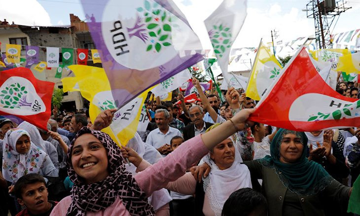 One third of young opposition voters in Turkey support pro-Kurdish HDP: Poll