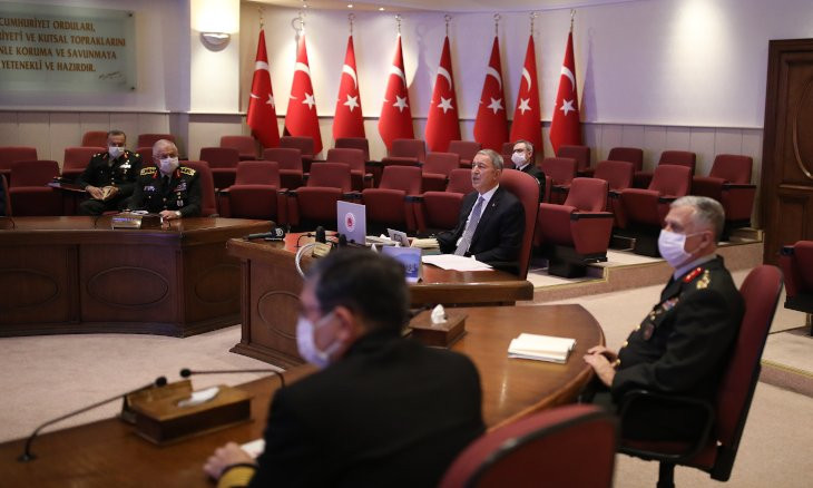CHP leader urges Erdoğan to remove defense minister from duty 'if a coup is suspected'