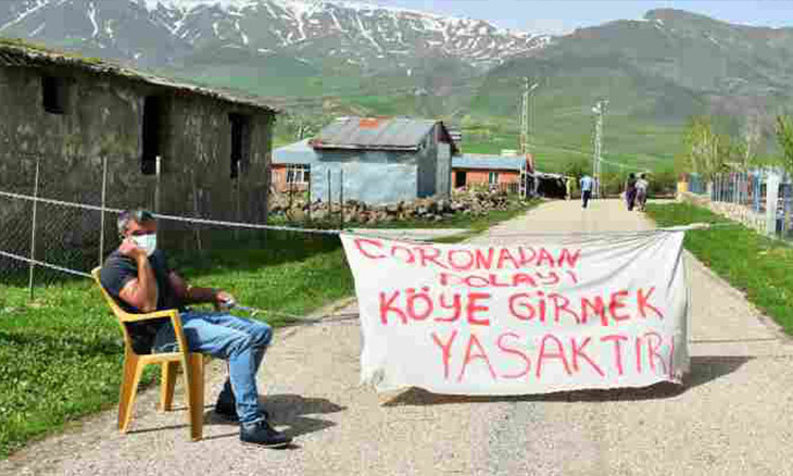 Neighborhood head in eastern Turkey seals off village, bans entries due to COVID-19