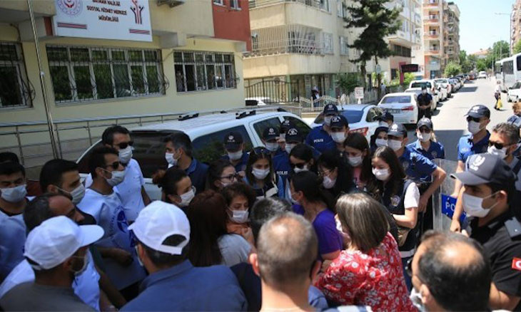 Turkish police fire plastic bullets, teargas at press conference of workers' union in Batman