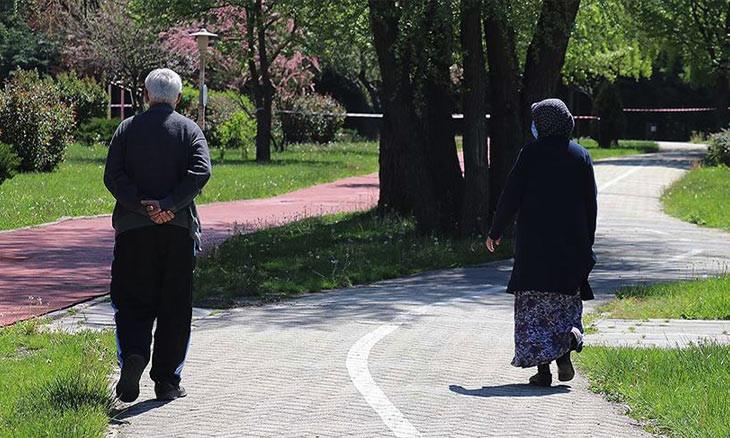Turkey's seniors enjoy curfew exemption, but wish to go outside on weekdays