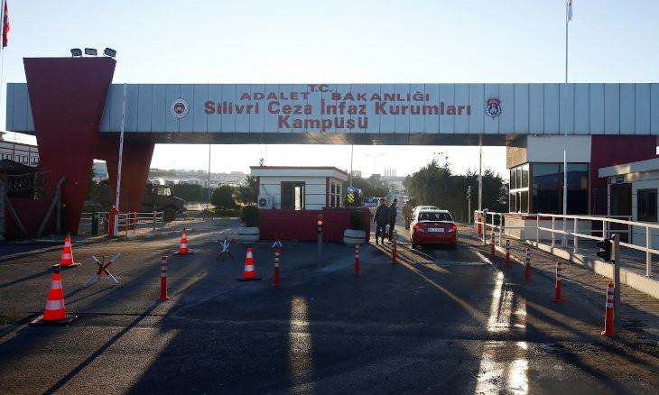 Ahmet Altan 'awaits coronavirus in jail' as Turkish authorities keep political prisoners behind bars
