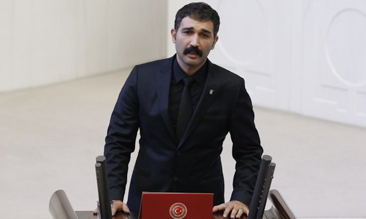 Turkish opposition deputy Barış Atay's vehicle damaged to 'make him have a car accident'
