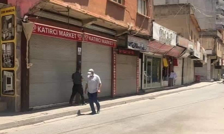 Business owners shut down voluntarily in southeastern Turkey district where COVID-19 cases on the rise