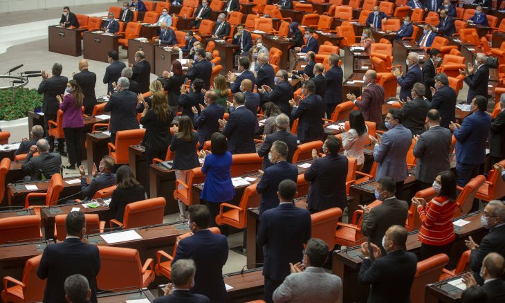 Opposition deputies jailed after losing parliamentary seats
