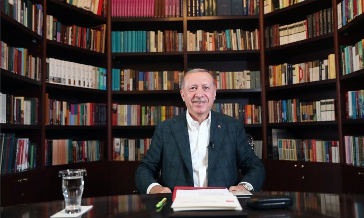 Erdoğan worried about his 'belly' to be seen in cameras as he prepares for livestream with youth