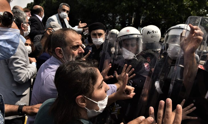 HDP's Democracy March begins under heavy police presence, detentions