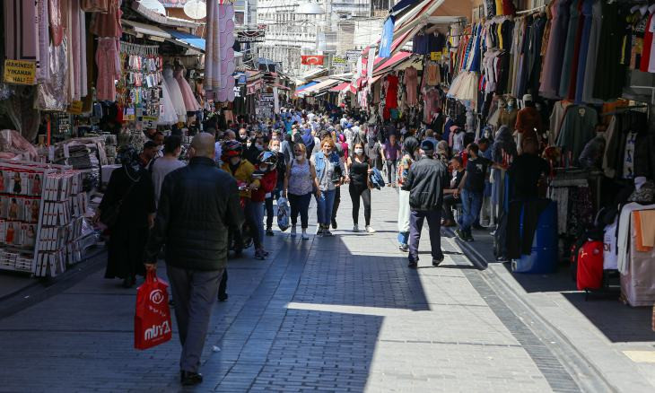 Erdoğan lifts weekend curfew after public criticism amid increasing number of coronavirus cases