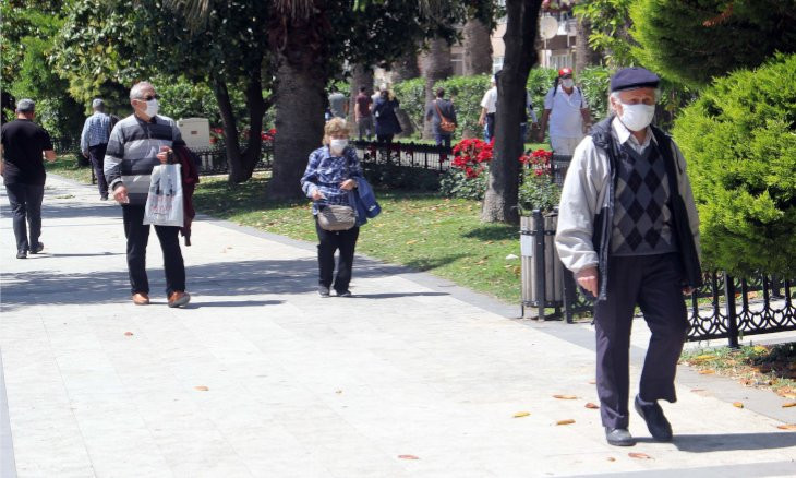 Turkey further eases virus restrictions, allows senior citizens to go out every day