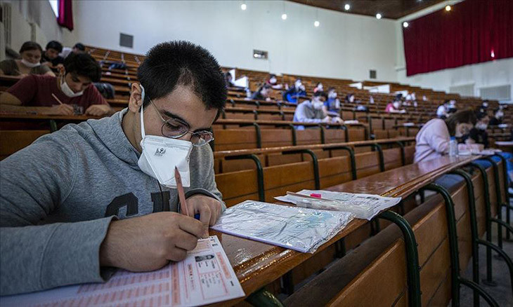 Turkey to enforce partial curfews on nationwide exam days