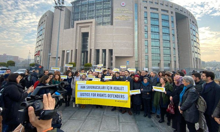 HRW calls on Turkey to reverse conviction of human rights defenders