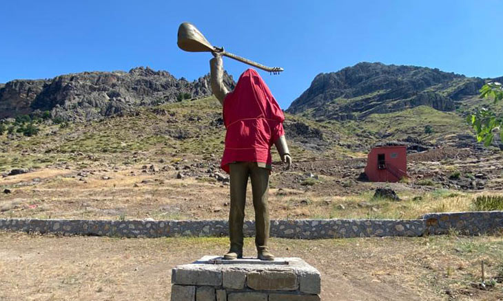 Kurdish poet who died in Sivas Massacre gets statue in eastern Dersim