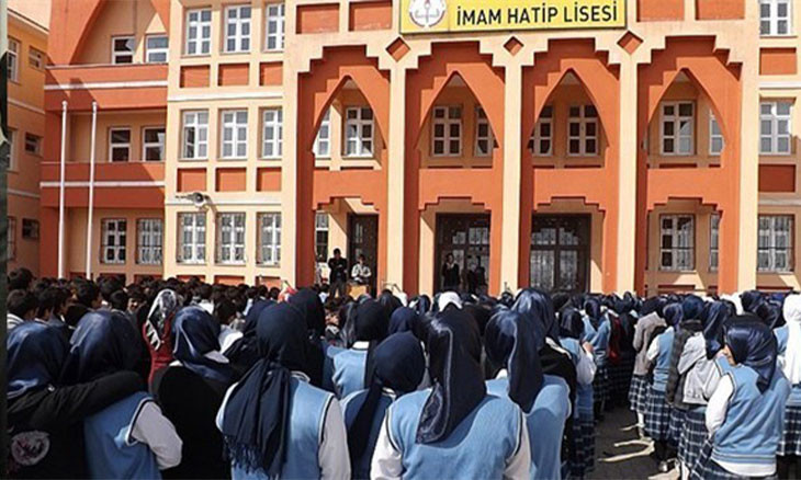 Religious middle school enrollment on steady rise in Turkey