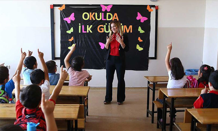 'Delaying education could prevent COVID-19 spread in Turkey's schools'