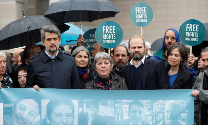 Amnesty International urges acquittal of 11 rights defenders ahead of Turkish court's verdict