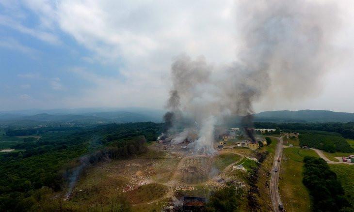 Large blast rocks fireworks factory in northwestern Turkey, four killed, 108 hospitalized