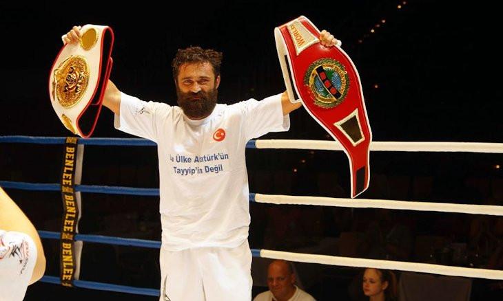 Turkish boxer Ünsal Arık receives death threat in Germany